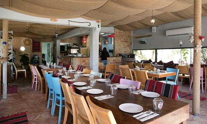 5 ארוחה זוגית במסעדת רשטא, עין ראפה