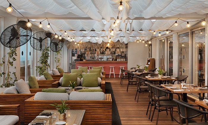 4 ארוחת בוקר ב-Ciela Rooftop Lounge מלון אלכסנדר, תל אביב