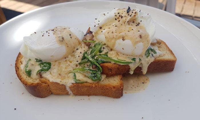 7 ארוחת בוקר ב-Ciela Rooftop Lounge מלון אלכסנדר, תל אביב