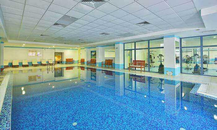 8 קיץ הכול כלול בוורנה - מלון מומלץ עם פארק מים