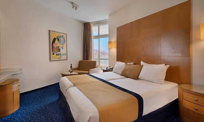 """4 מלון הוד המדבר ים המלח, כולל סופ""""ש"""