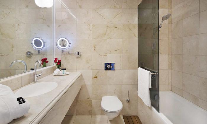 8 גארדן הוטל חיפה - מלון בוטיק למרגלות הכרמל