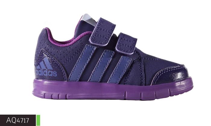 8 נעלי תינוקות Adidas ו-Reebok