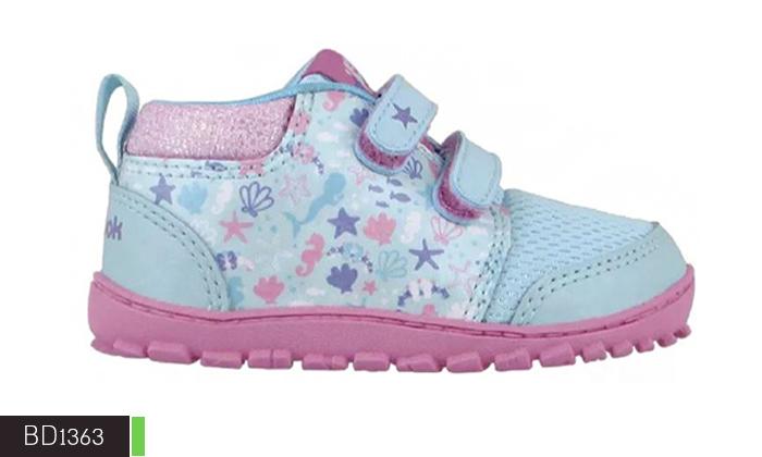 10 נעלי תינוקות Adidas ו-Reebok