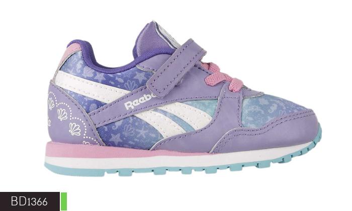 11 נעלי תינוקות Adidas ו-Reebok