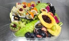 ליצ'י - מגשי פירות מעוצבים