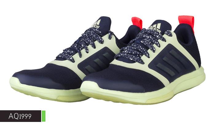 4 נעלי נשים אדידס adidas