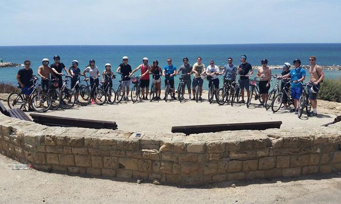 7 השכרת אופניים חשמליים ואופני עיר עם פול פוזישן, תל אביב
