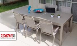 פינת אוכל ו-4 כיסאות לגינה