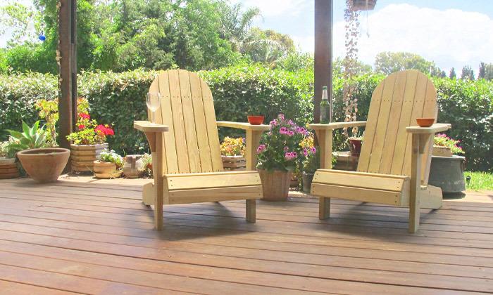 2 כיסא גינה מעץ מלא