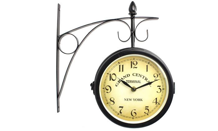 7 שעון קיר דו צדדי בעיצוב וינטג'