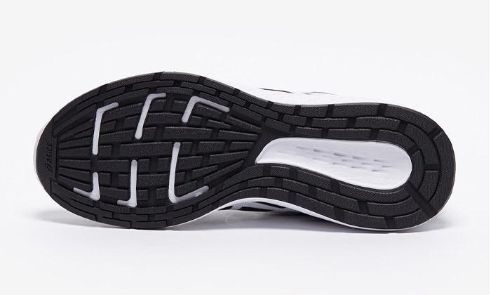 12 נעלי ריצה לגברים ולנשים אסיקס Asics