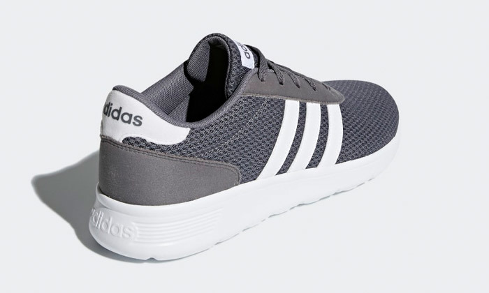 9 נעלי ריצה לגברים אדידסAdidas 