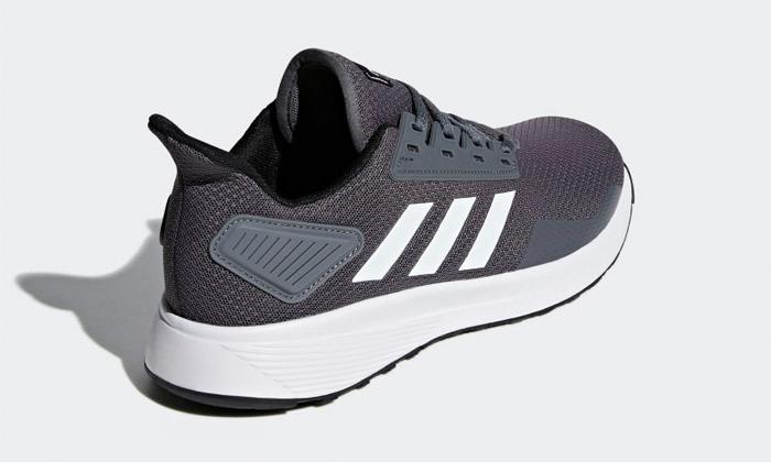 10 נעלי גברים אדידס adidas