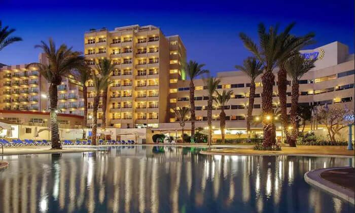 """2 חופשת קיץ משפחתית באילת במלון קיסר, כולל סופ""""ש"""