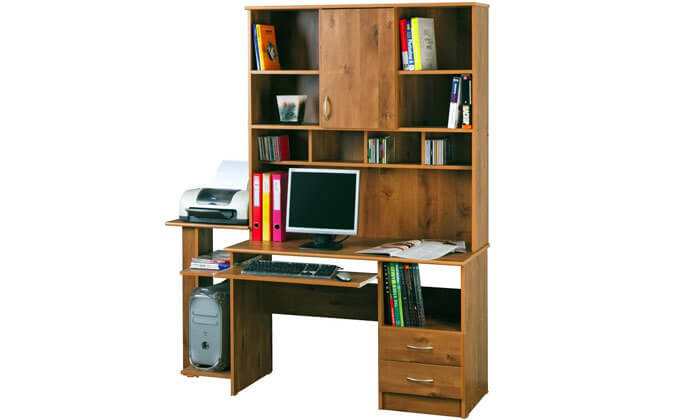 3 רהיטי יראון: שולחן עבודה עם ספריה