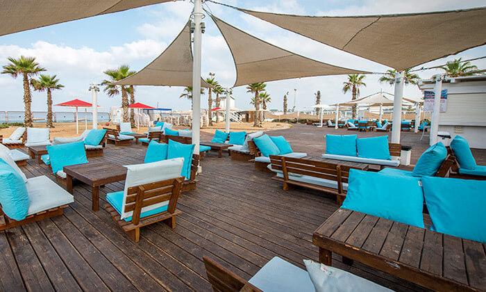 """4 חופשה על רצועת חוף יפהפייה - מלון חוף התמרים בעכו, כולל סופ""""ש"""