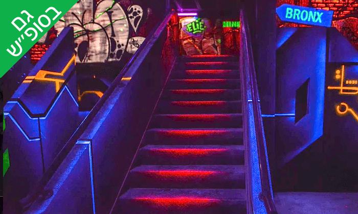 6 משחק במתחם לייזר סטריט laser street, רעננה