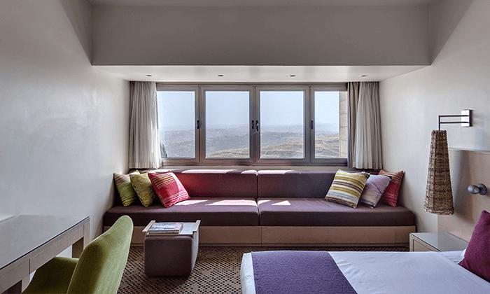 3 חופשה משפחתית במלון רמת רחל - 2 ילדים חינם