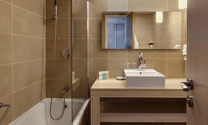 8 חופשה משפחתית במלון רמת רחל - 2 ילדים חינם
