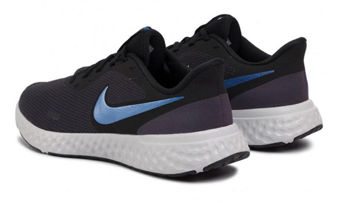 8 נעלי ריצה לגברים נייקי NIKE