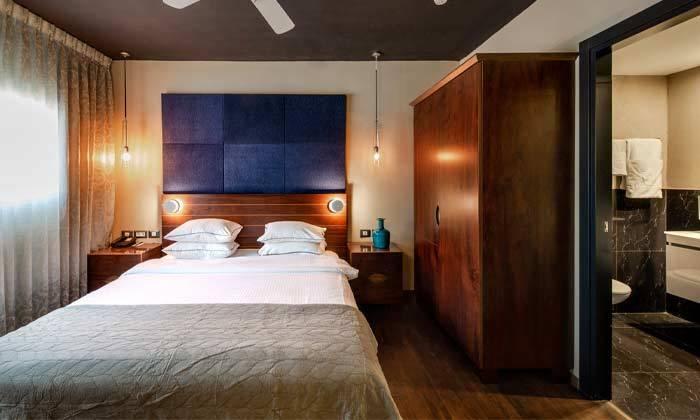 """3 חופשה משפחתית במלון פורט אנד בלו port and blue בנמל ת""""א"""