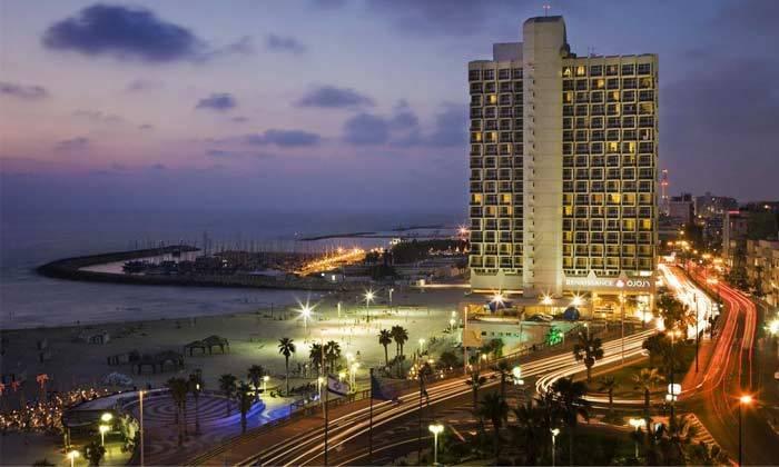 """10 חופשה זוגית הכי קרוב לים - מלון רנסנס ת""""א מרשת Marriott הבינ""""ל"""