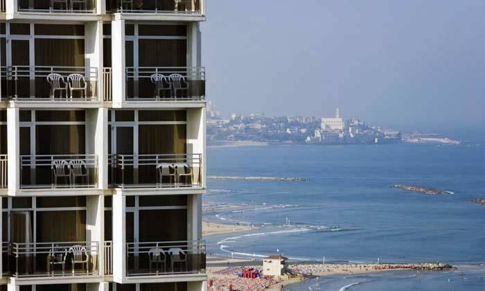 """8 חופשה זוגית הכי קרוב לים - מלון רנסנס ת""""א מרשת Marriott הבינ""""ל"""
