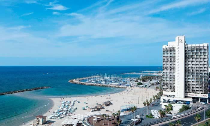 """2 חופשה זוגית הכי קרוב לים - מלון רנסנס ת""""א מרשת Marriott הבינ""""ל"""
