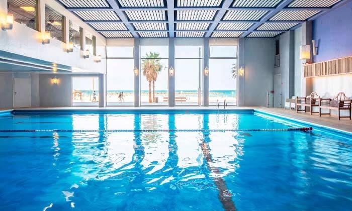 """6 חופשה זוגית הכי קרוב לים - מלון רנסנס ת""""א מרשת Marriott הבינ""""ל"""