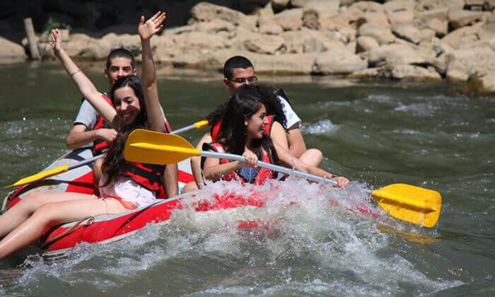2 שייט קיאקים בנהר הירדן, גם בשישי