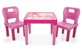 שולחן עם זוג כיסאות לילדים