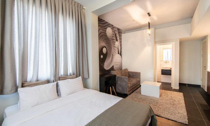5 מלון אליוט החדש - חופשה זוגית תל אביבית