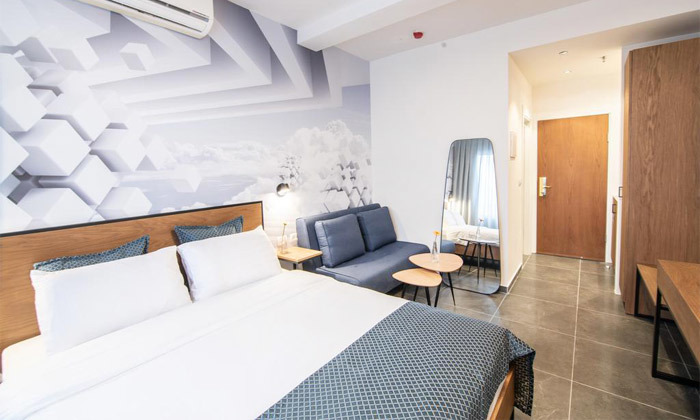 6 מלון אליוט החדש - חופשה זוגית תל אביבית