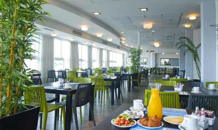 8 חופשת אוגוסט במלון מדיסון נהריה - רשת רימונים