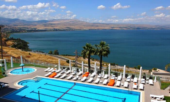 2 אוגוסט במלון גולן, טבריה