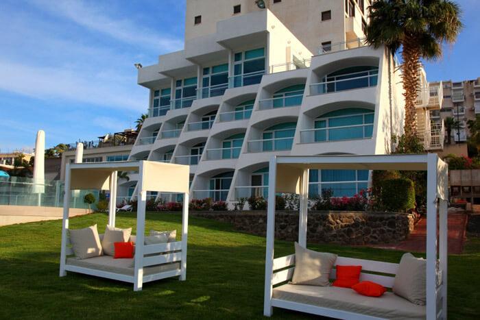7 אוגוסט במלון גולן, טבריה