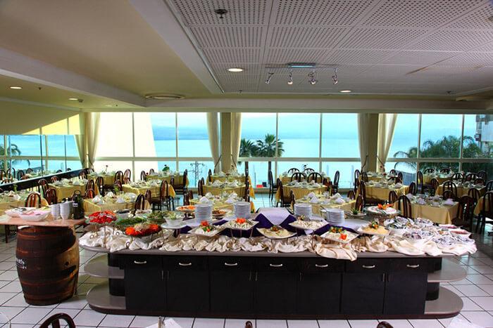 10 אוגוסט במלון גולן, טבריה