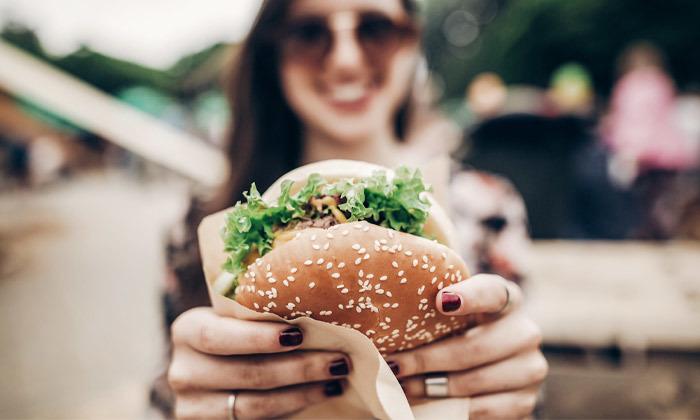 2 ארוחת המבורגר כשרה ליחיד או לזוג במסעדת פאפוס בשרים, רחובות