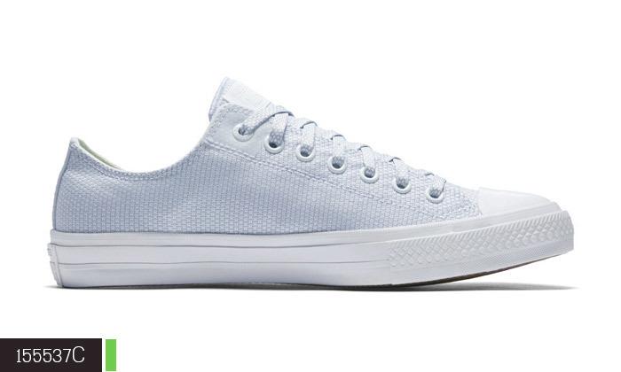 4 נעלי סניקרס לנשים קונברס Converse