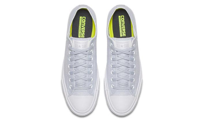 8 נעלי סניקרס לנשים קונברס Converse