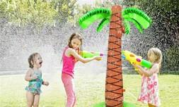 מתקן מתיז מים לילדים- עץ מתנפח