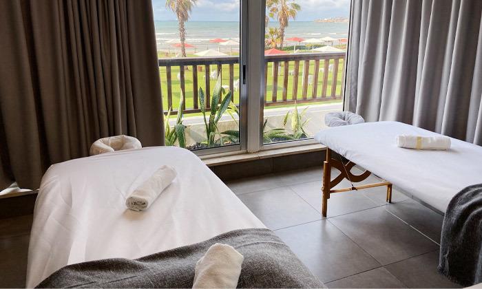3 חבילת עיסוי וספא במלון חוף התמרים עכו