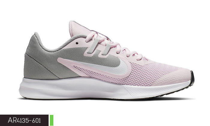 5 נעליים לנשים ולנוער נייקי NIKE
