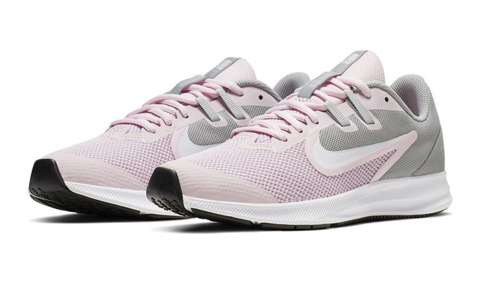 12 נעליים לנשים ולנוער נייקי NIKE