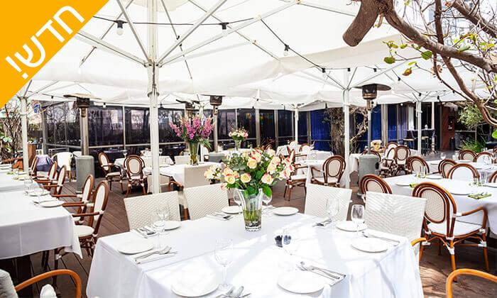 """7 ארוחה ב-Wine Garden עם יין, גבינות וברוסקטות, ליד הים בת""""א"""