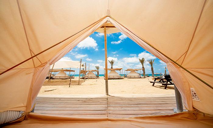 8 קמפינג באוהל משפחתי ממוזג עם ארוחת בוקר - מתחם הקראוונים חוף בצת