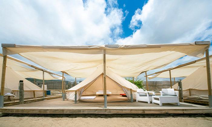 10 קמפינג באוהל משפחתי ממוזג עם ארוחת בוקר - מתחם הקראוונים חוף בצת