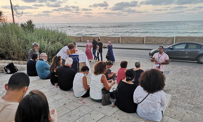 4 מטיילים בלב העיר: סיור שקיעה ביפו או סיור בוקר בתל אביב