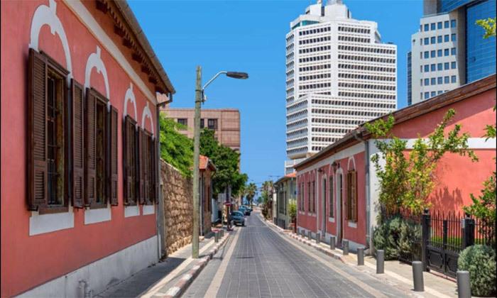10 מטיילים בלב העיר: סיור שקיעה ביפו או סיור בוקר בתל אביב